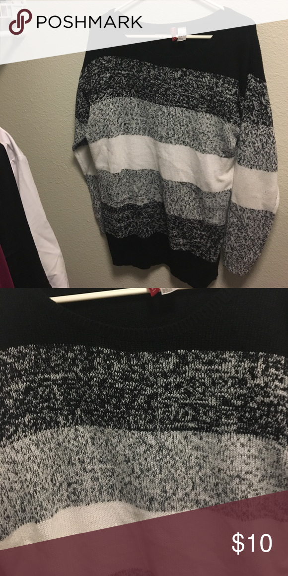 Sweater Cute oversized sweater that will keep you warm H&M Sweaters Shrugs & Ponchos