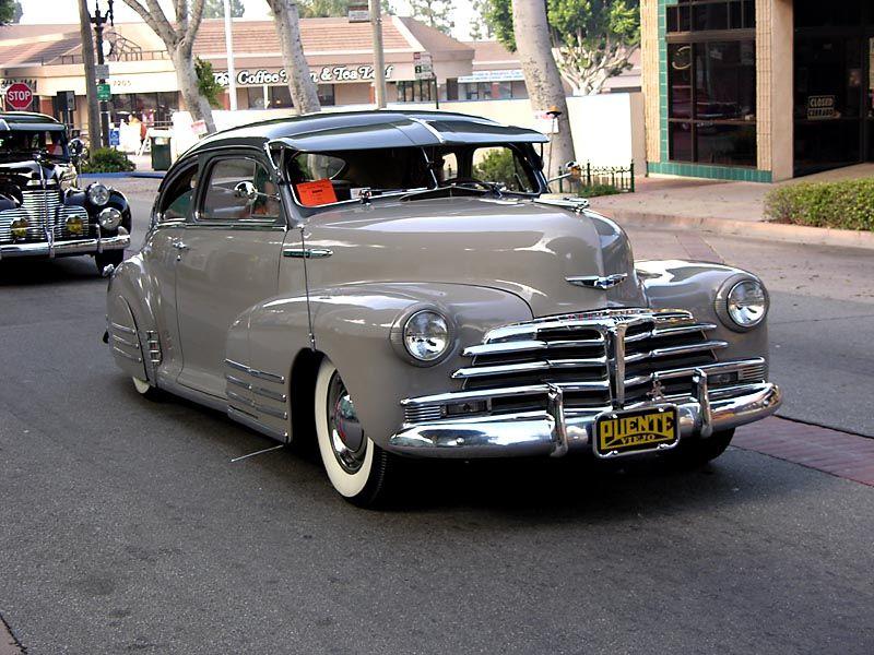 Fleetline Galleries Uptown Whittier Car Show 2006 1948