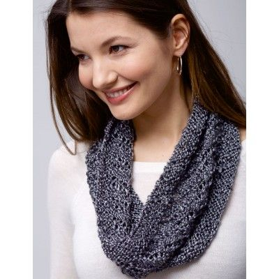 Knit This Quick And Easy Spiral Cowl With Just 1 Ball Of Patons