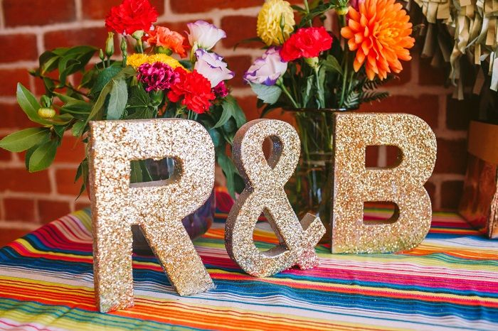 Mexican fiesta Wedding Decoration + 1950s themed wedding | I take you #wedding