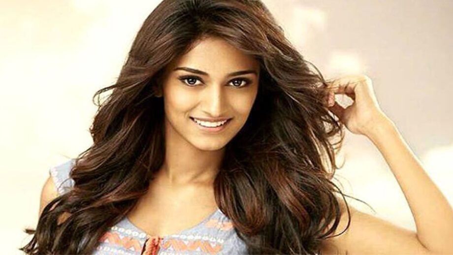 Erica Fernandes In Sabyasachi Yay Or Nay Iwmbuzz Beauty Erica Fernandes Long Hair Styles
