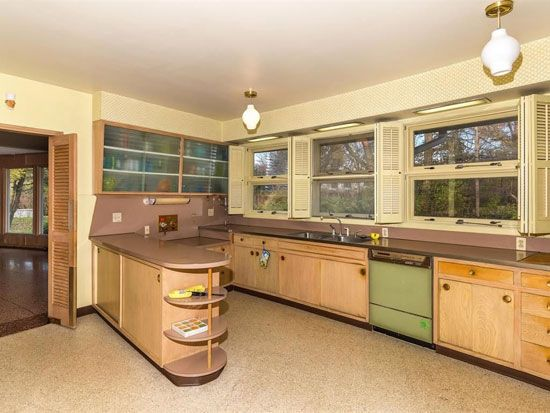 country kitchen cabinets pictures the house that time forgot four bedroom 1950s midcentury 6007