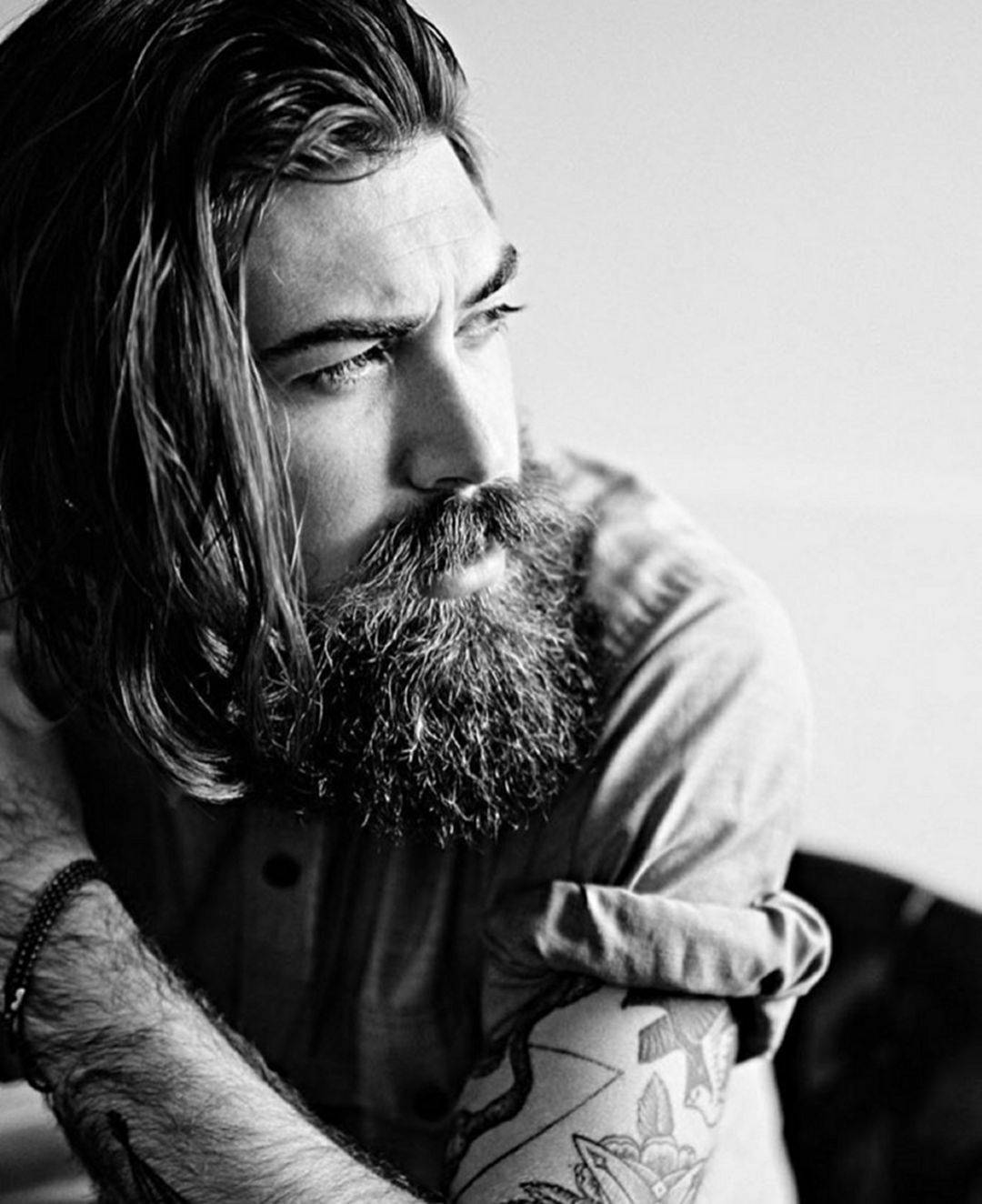 35 Fantastic Long Hair And Beard Ideas For Handsome Man #hairandbeardstyles