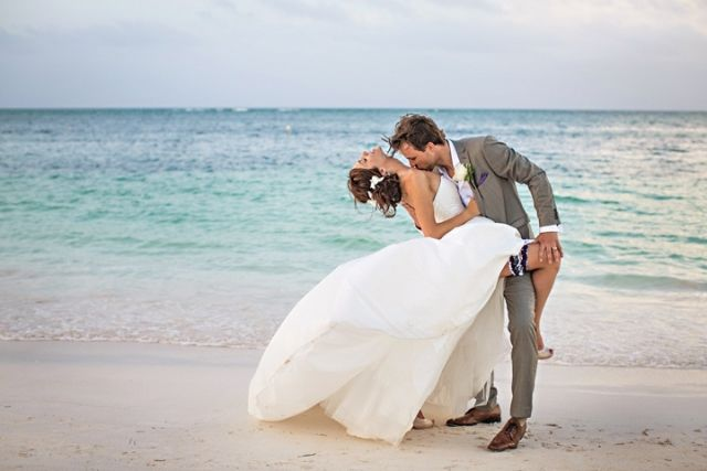 After Wedding Shooting Am Strand Von Varadero Auf Kuba