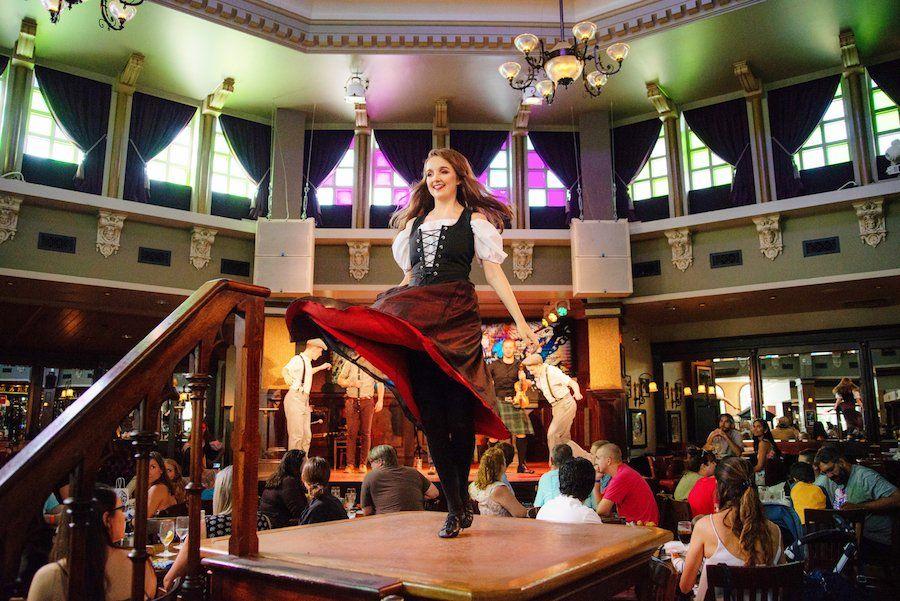 Raglan Road In Disney Springs Cancels Great Irish Hooley For 2020 Chip And Company Disney Springs Irish Pub Irish Band