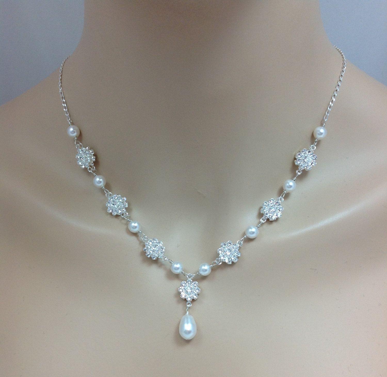 10+ Wedding dress neckline jewelry info