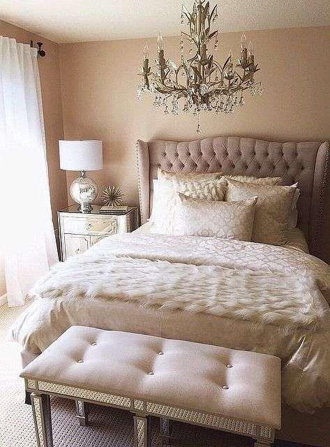 Camera da letto in stile new classic - Letto elegante | Pinterest ...