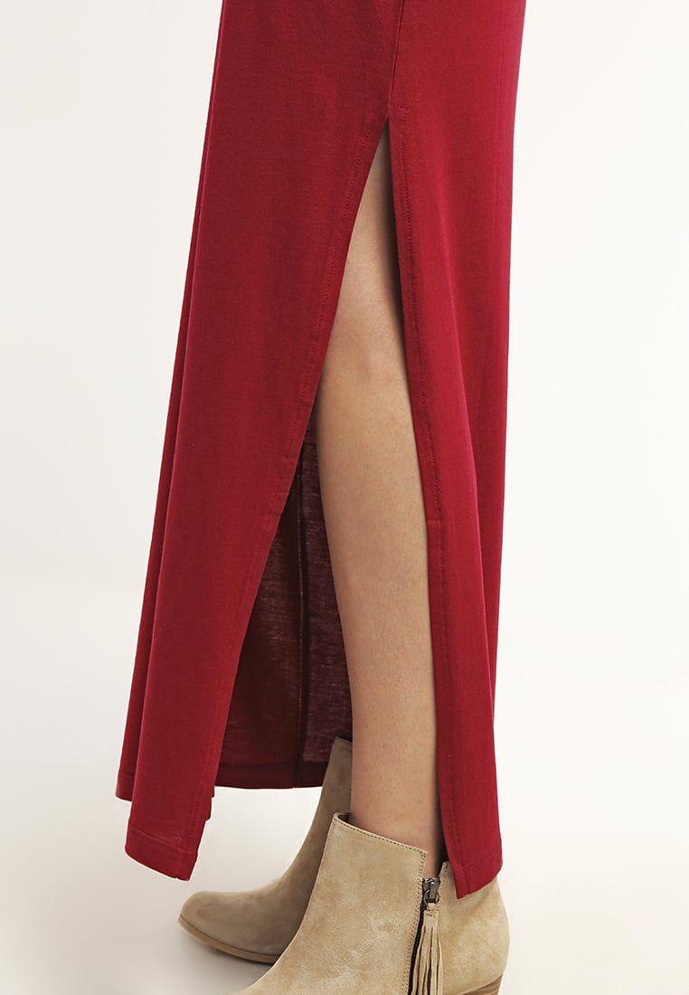 0446b95f84a55b Zalando Essentials Maxi skirt - dark red for £13.00 (13 04 16) with free  delivery at Zalando