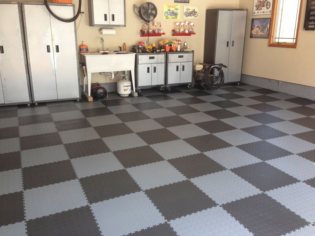 Garage Tile Diamond Pattern Garage Floor Tiles Tile Floor
