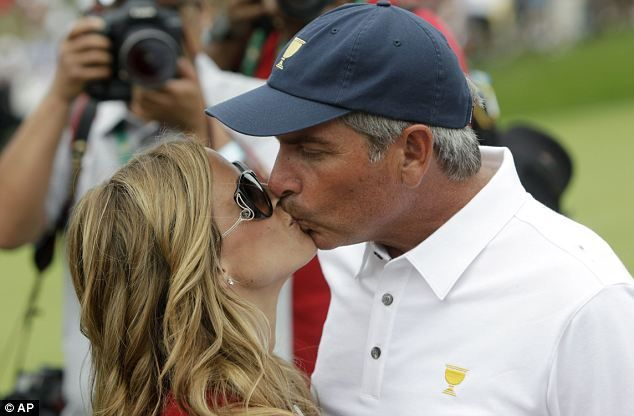 Nadine Moze Fred Couples New Girlfriend Among Wags At Presidents