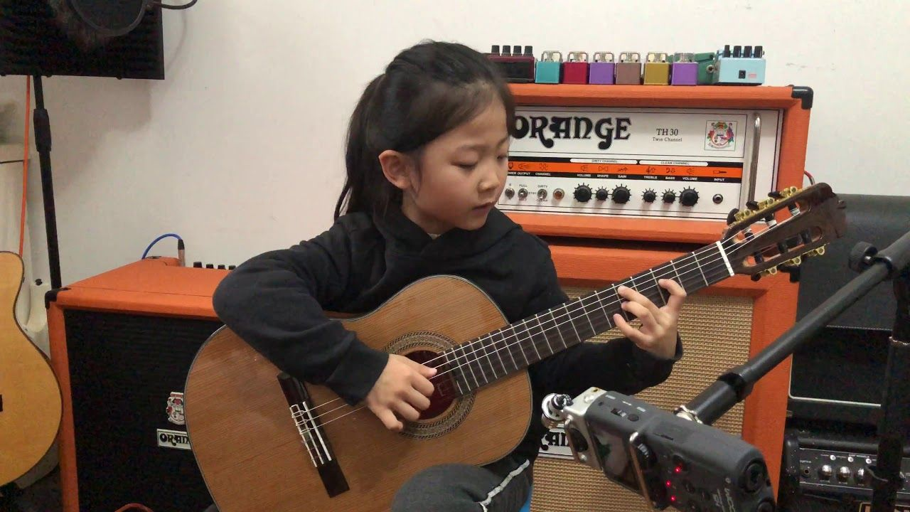 Fly Me To The Moon By A Girl Six Years Old Bossanova Guitar Playing Ins Miumiuguitargril Youtube Playing Guitar Bossa Nova Guitar