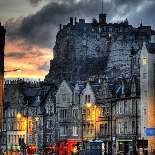 Amazing Places To See Scotland: Edinburgh Castle At The Tattoo