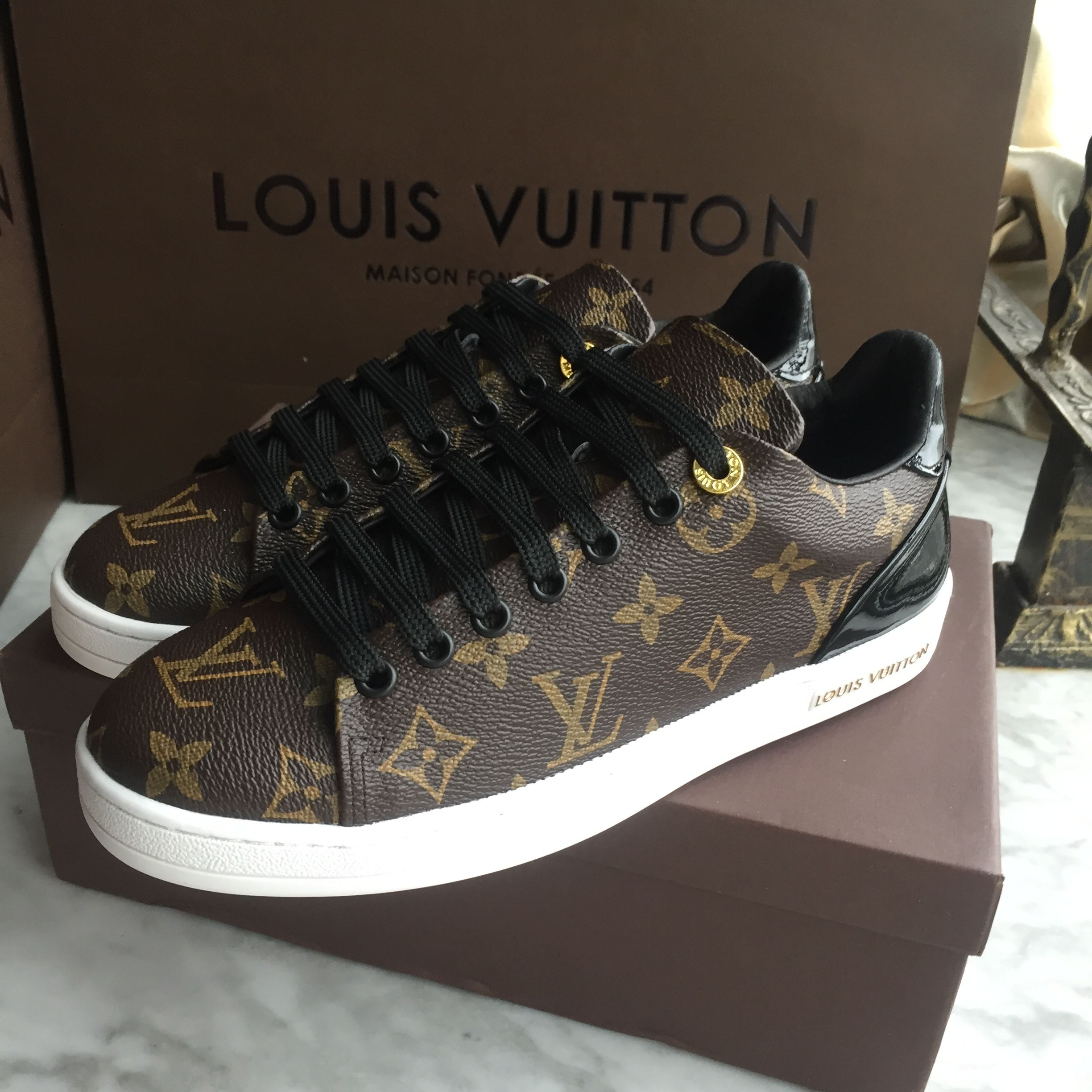 Louis Vuitton Lv woman man unisex shoes sneakers   Shoes   Shoes ... 0b0a39b622f