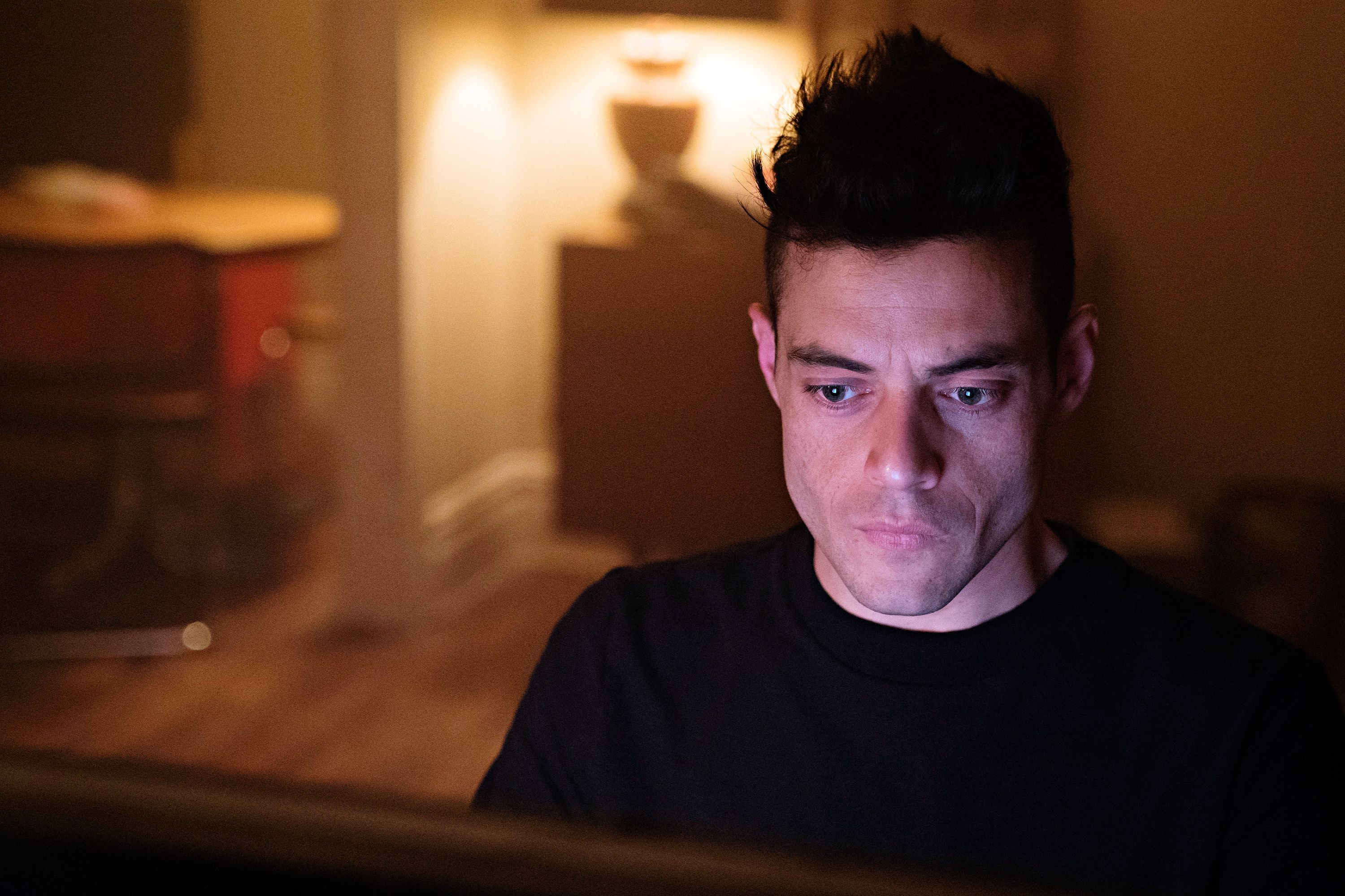 Mr Robot To Conclude With Expanded Fourth Season Mr Robot Mr Robot Actor Rami Malek