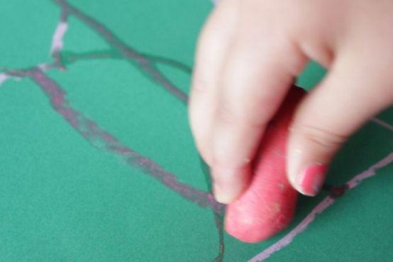 Arte para niños utilizando tiza | Blog de BabyCenter