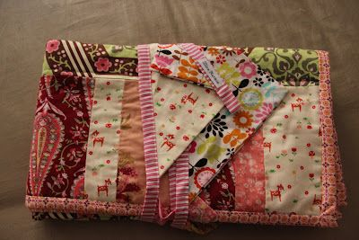 Mira Narnie - baby quilt and bunting