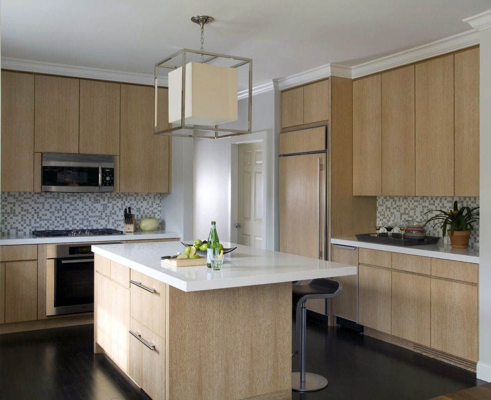 Find Kitchen Cabinet Refacing Bridgeport Ct That Look Beautiful Light Wood Kitchens Contemporary Oak Kitchen Kitchen Cabinet Design