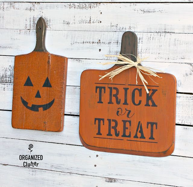 From Garage Sale Cutting Boards to DIY Halloween Decor fall decor