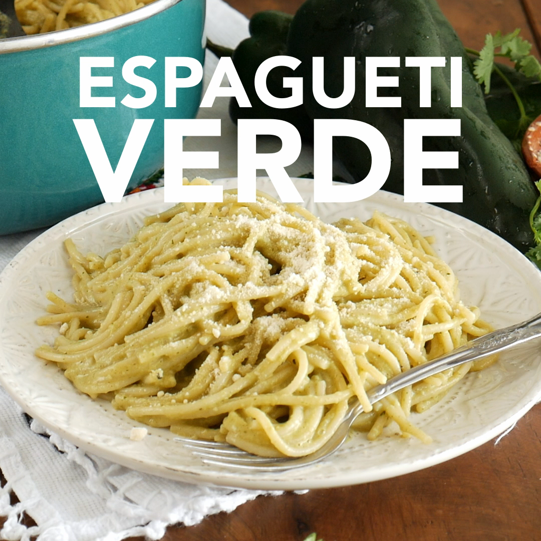 Espagueti Verde Spaghetti with Creamy Poblano Sauce This pasta gets its nice green hue thanks to the poblanos and cilantro This onepot pasta dish is rich and very simple...