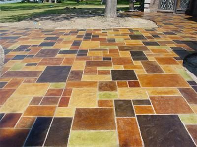 Stained stamped concrete patio Love the concept-less contrast for - Peindre Une Terrasse En Beton