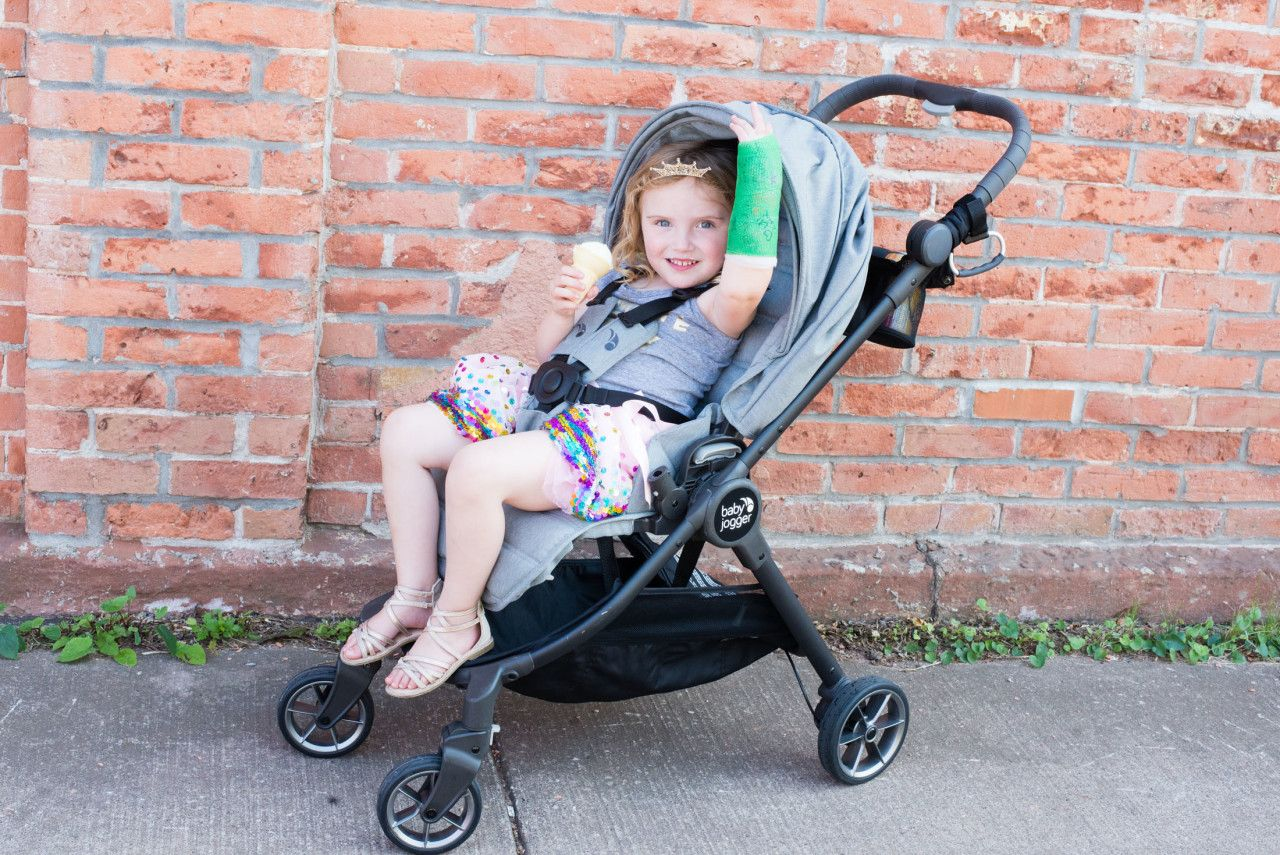 Baby Jogger Stroller Review City Tour LUX (With images