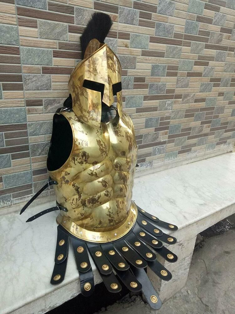 300 SPARTAN ROMAN MEDIEVAL MUSCLE ARMOUR BREASTPLATE AND HELMET WITH PLUME