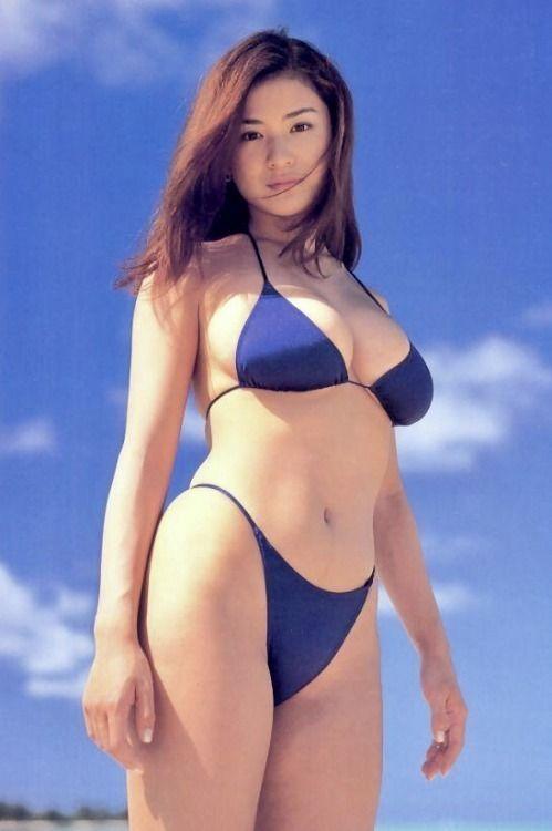 nude-girls-dusty-busty-bikini-pictures-girl