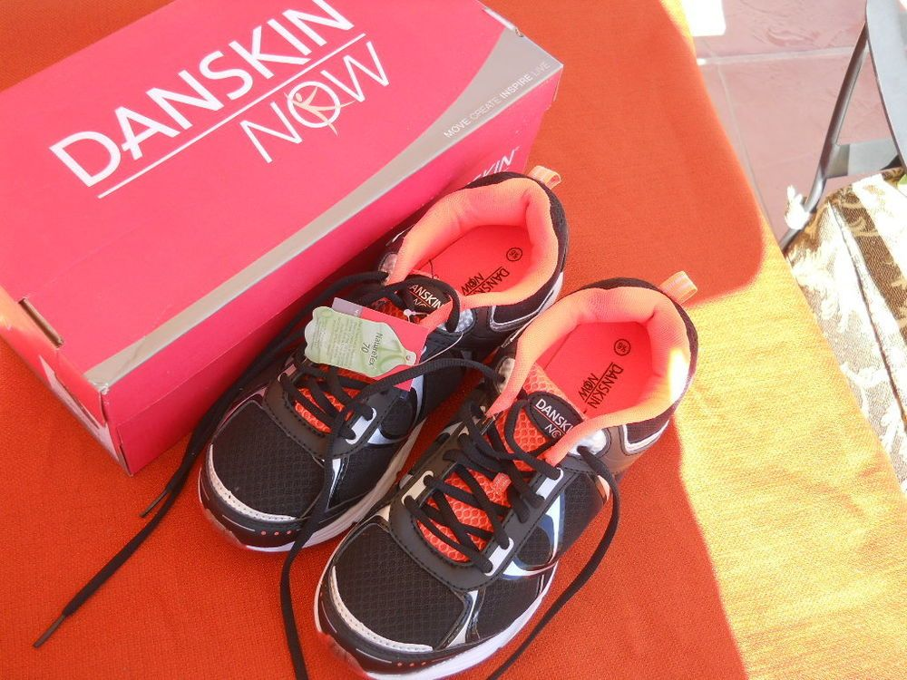 Danskin 9.5 10 B Sneakers Woman Athletic Running Shoes Black Silver Orange New In Box