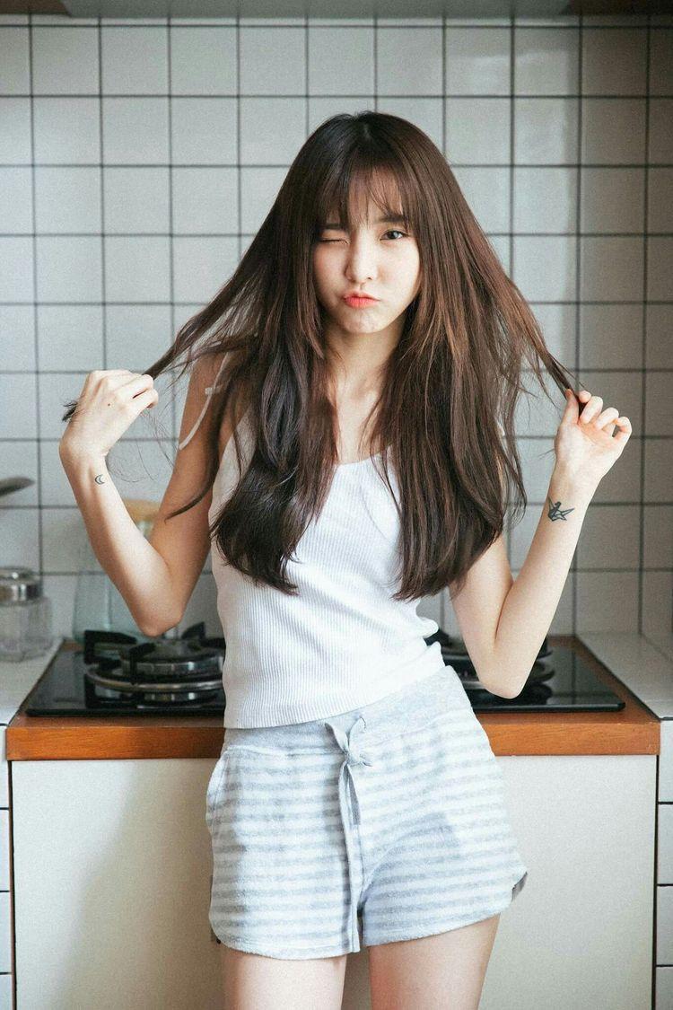 Save = follow > Kecantikan orang asia, Gaya rambut