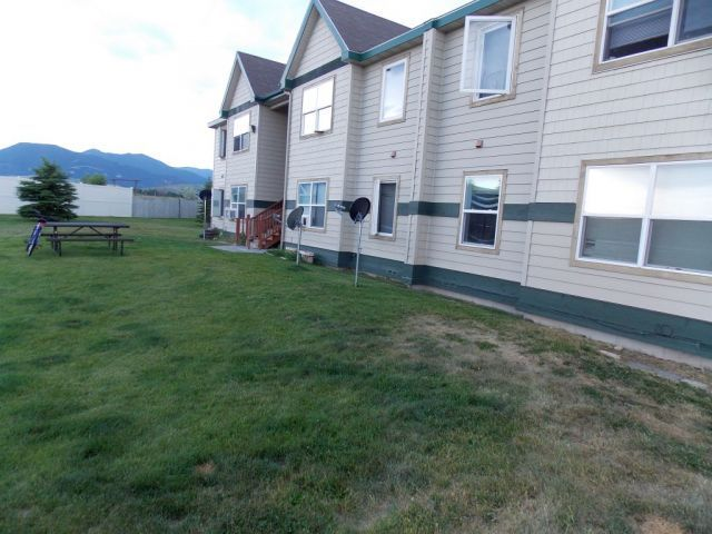 Red Lodge - 2 Bedroom Apartment - Red Lodge MT Rentals - #3420 -Located in Red Lodge MT - Apartments located on the hill overlooking Red Lodge, by the airport. Beautiful scenery surrounds this property. Large maintained grass landscape with picnic areas. On site laundry rooms. Plenty of parking spots ... | Pets: Allowed | Rent: $495.00 per month | Call Rainbow Property Management, Inc. at 406-248-9028