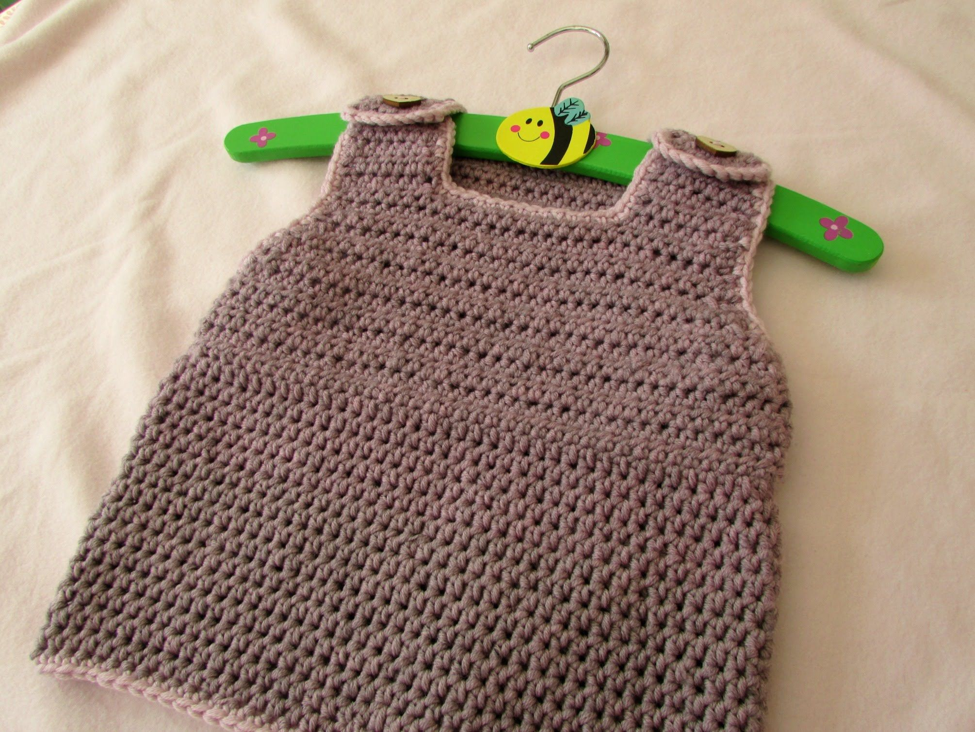 Dorable Häkelarbeitkleid Muster Für Kleinkinder Photo - Decke ...
