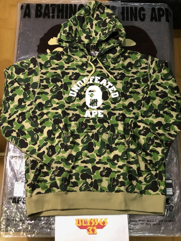 7792345d BAPE® X UNDEFEATED ABC COLLEGE PULLOVER HOODIE GREEN CAMO XXL #BAPE #Hoodie