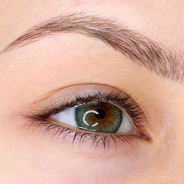 Green Prescription Contact Lenses Bright Lime Green Lens In 2020 Green Contacts Lenses Green Contacts Natural Contact Lenses