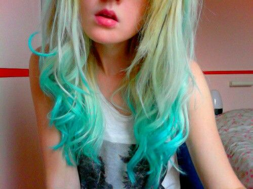 Mint Green Tips Dip Dye Hair Hair Styles Turquoise Hair