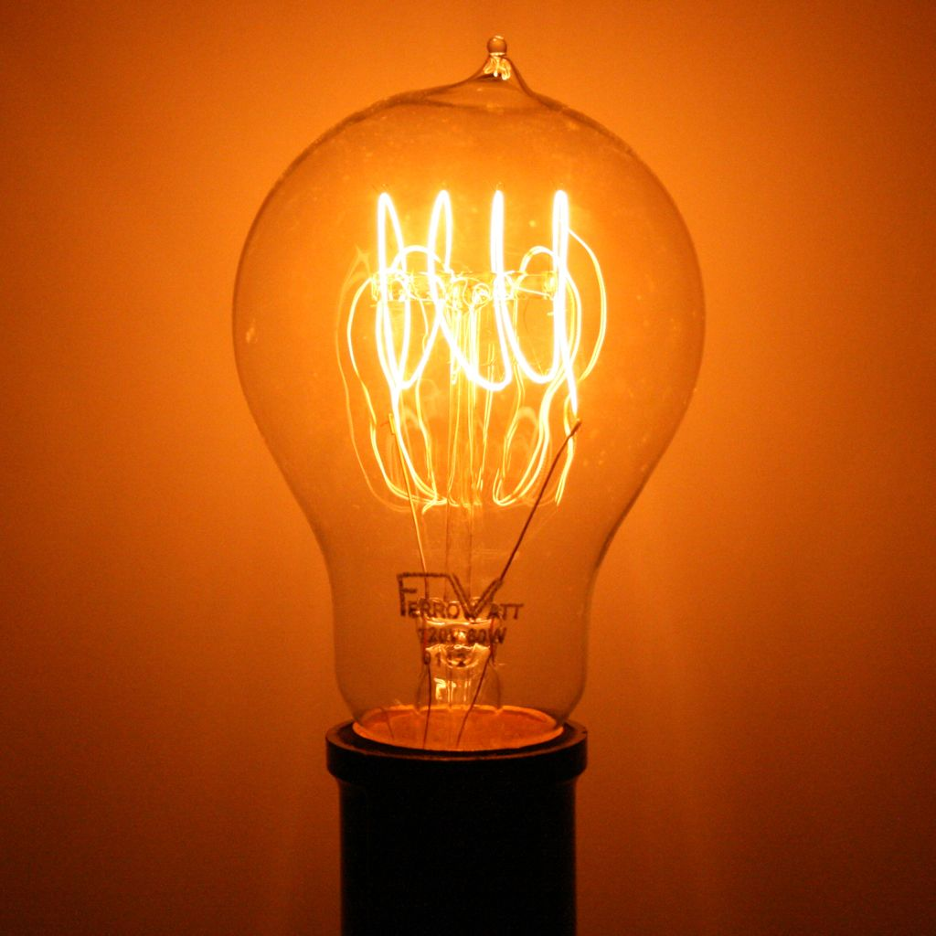 60 Watt 120 Volt A19 Medium Screw Base Clear Antique Light Bulbs Edison Light Bulbs Light Bulb