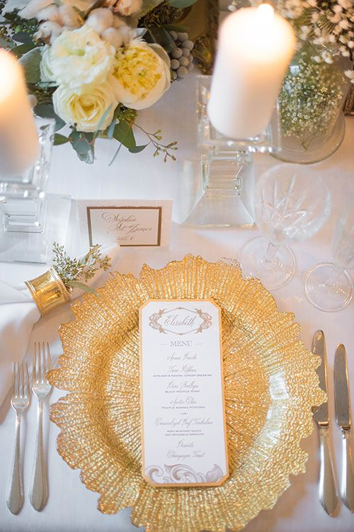 Gold Wedding Details And Decor We Love Wedding Table Wedding Place Settings Wedding Places