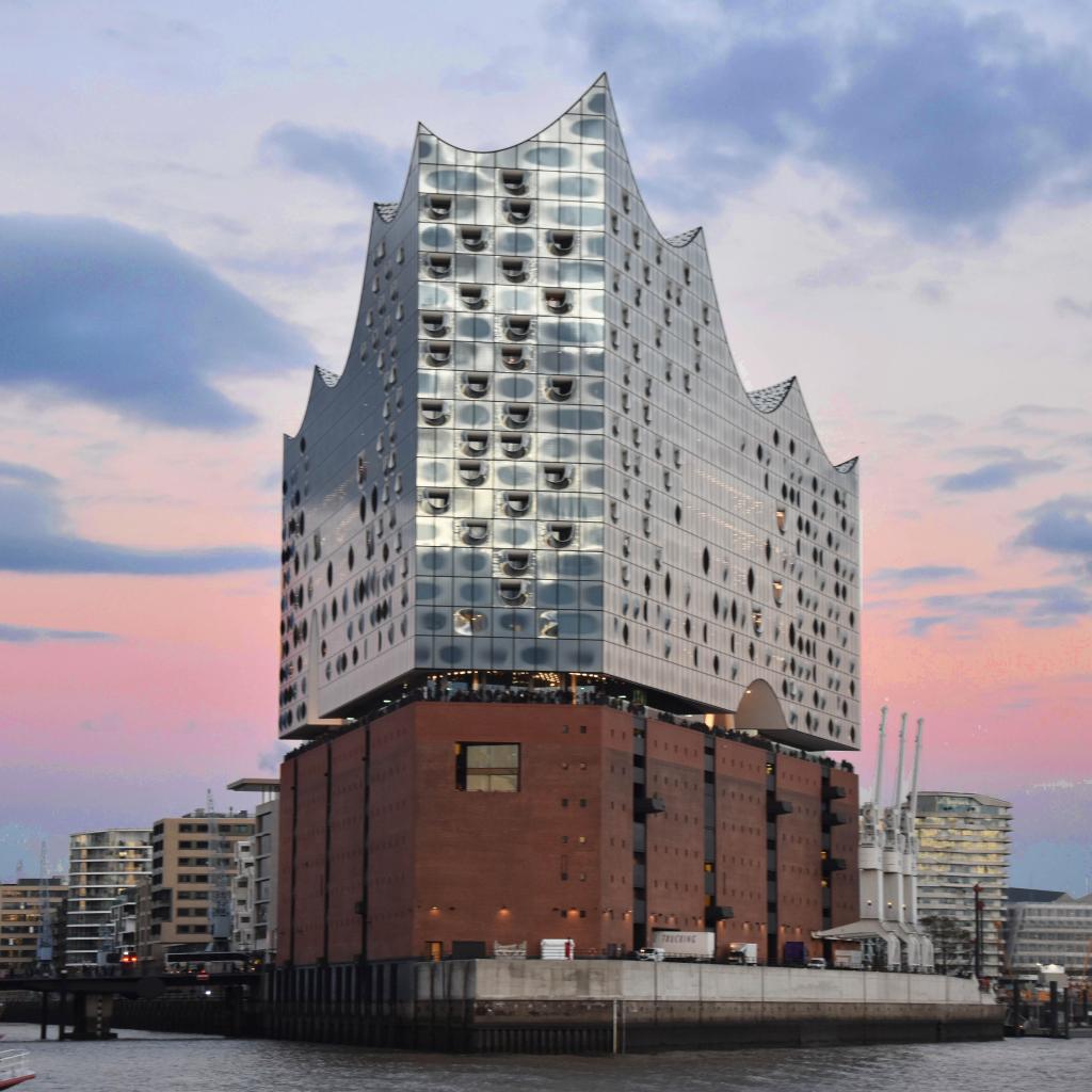 Exclusive Pictures Of The Elbphilharmonie In Hamburg Anne Travel Foodie Reizen Vakantie Ideeen Stedentrip