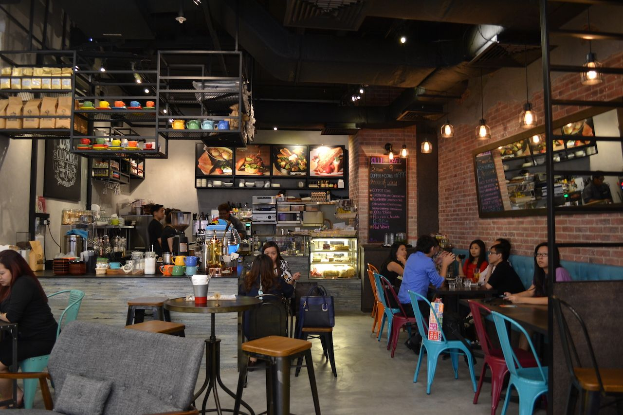 Ollie Cafe Orchard Gateway Ocm Cafe And Cake Guide Singapore Industrial House Industrial Livingroom Industrial Interiors