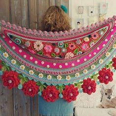 Isn't this just the most beautiful crocheted shawl ever. I love it!!!