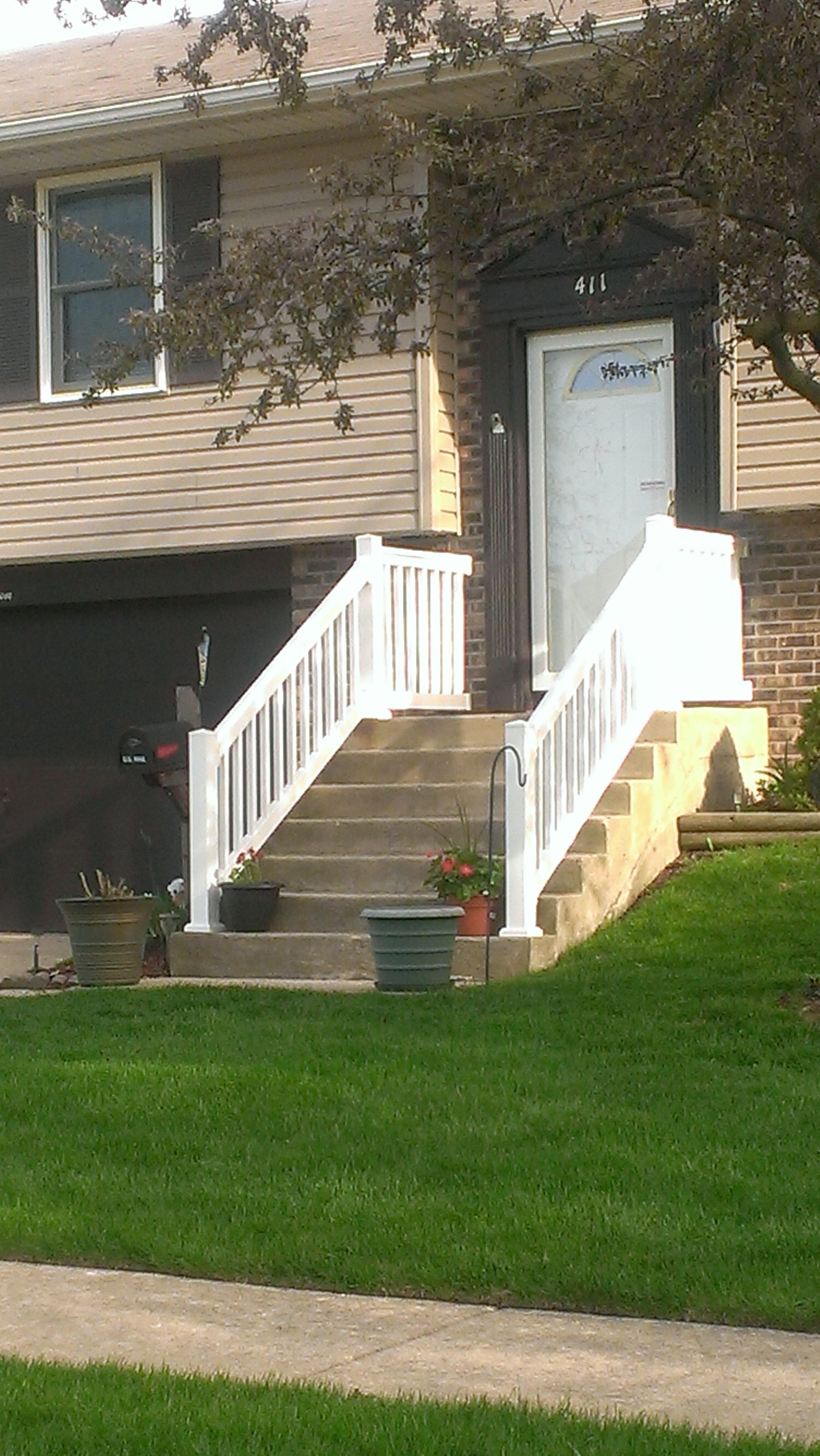 White Resin Rail With Cement Steps Patio Stairore