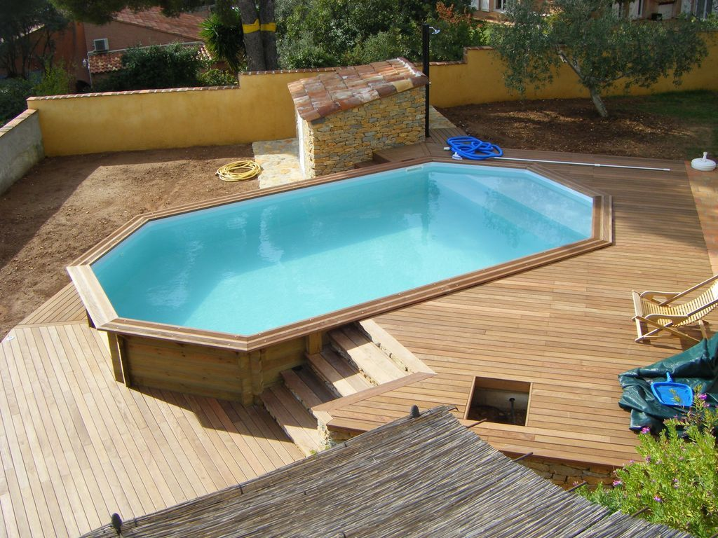 Piscine en bois home pinterest piscine en bois for Piscine hors sol composite gris