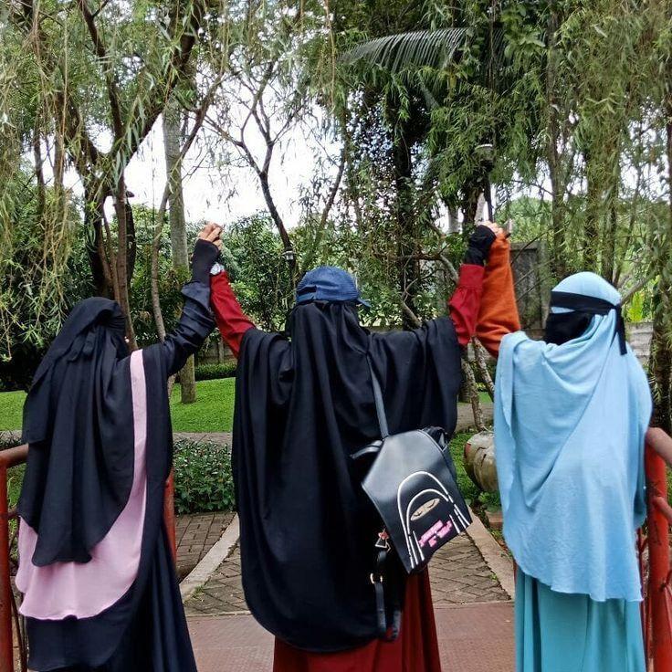 Pin oleh Umm Aisha di sister in islam Niqab, Pejuang