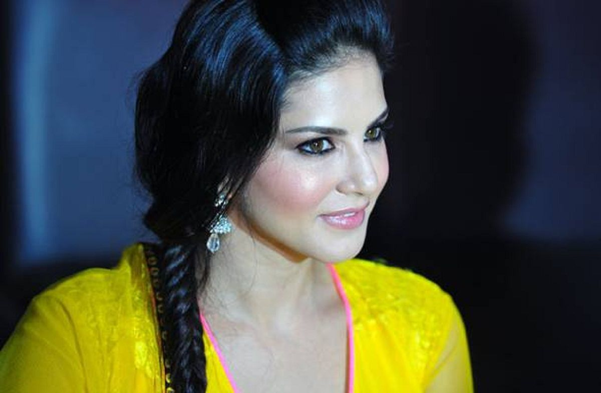 sunny leone 2018 photo wallpaper, sunny leone 2018 photo, download