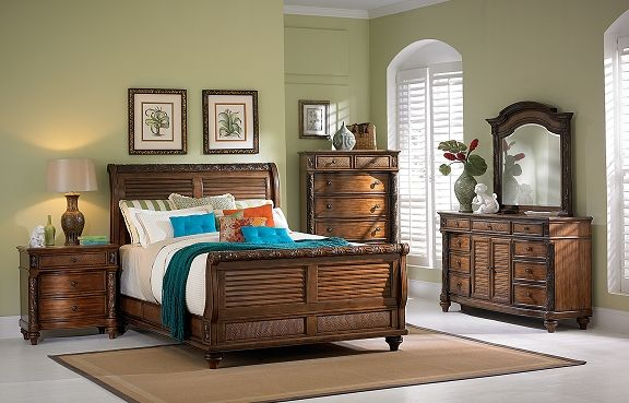 American Signature Furniture   Antigua Bedroom Collection Queen Bed $799.99
