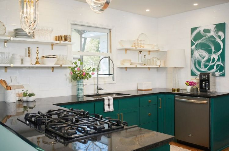 White Kitchen With Black Countertops And Dark Green Cabinets Benjamin Moore Steamed Black Kitchen Countertops Interior Design Kitchen Green Kitchen Cabinets