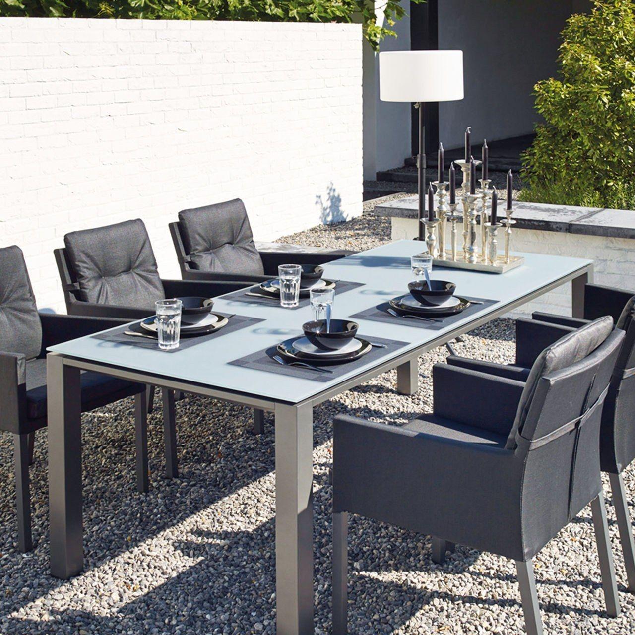 gartenm bel serie concept stabile sessel mit allwetter polster und tische mit aluminium. Black Bedroom Furniture Sets. Home Design Ideas