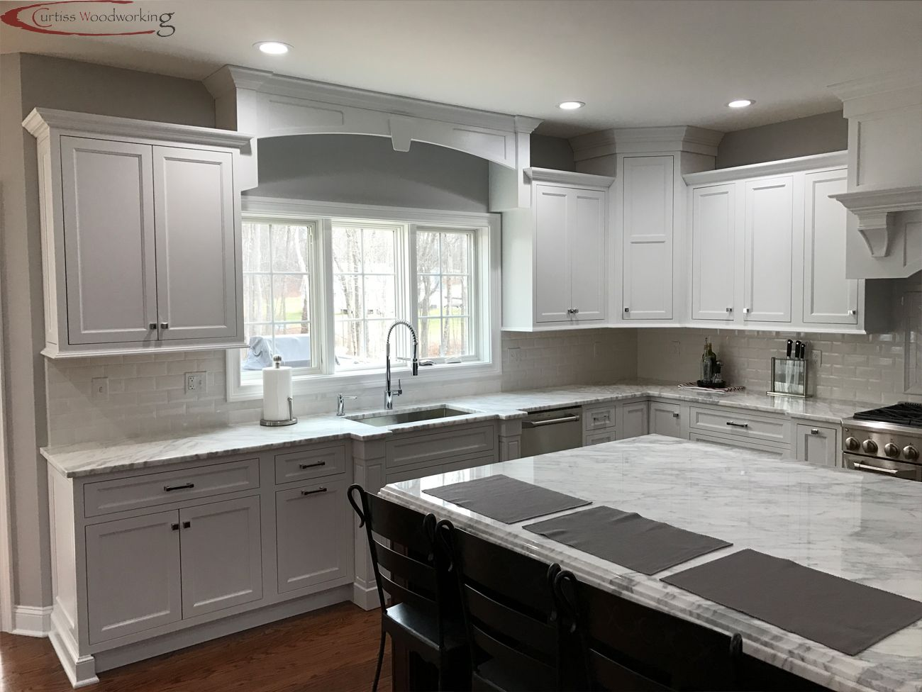 A Kitchen In New Haven County In Connecticut Was Designed With Starmark Cabinetry S Lafontaine Inset Door S Inset Cabinetry Cabinet Door Styles Custom Kitchens