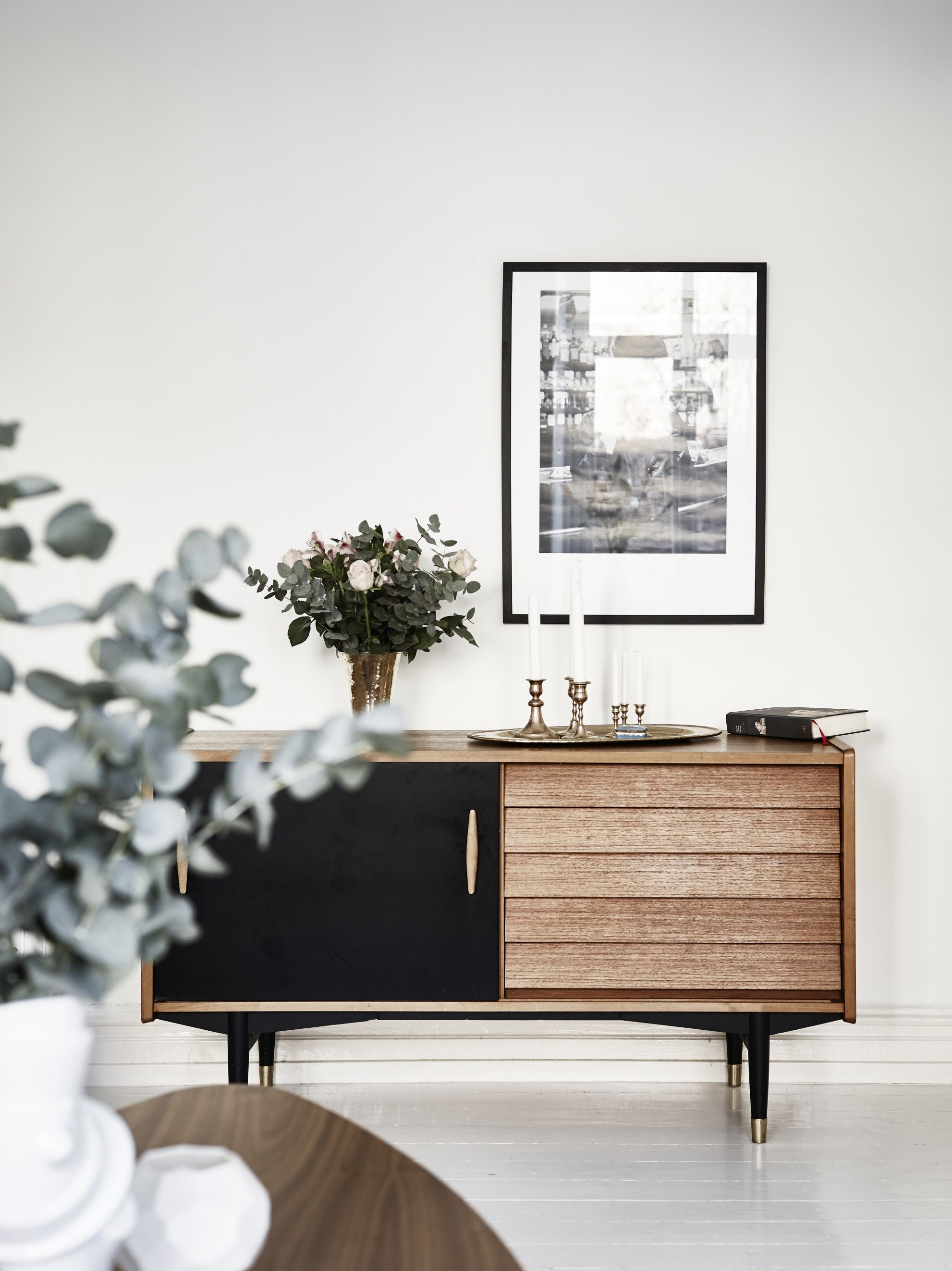 Innenarchitektur wohnzimmer für kleine wohnung how to set your table like the french  kommode wohnzimmer und möbel