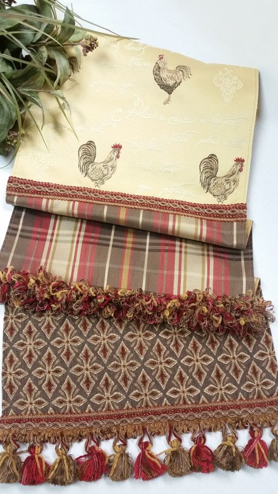 Incroyable French Country Table Runners
