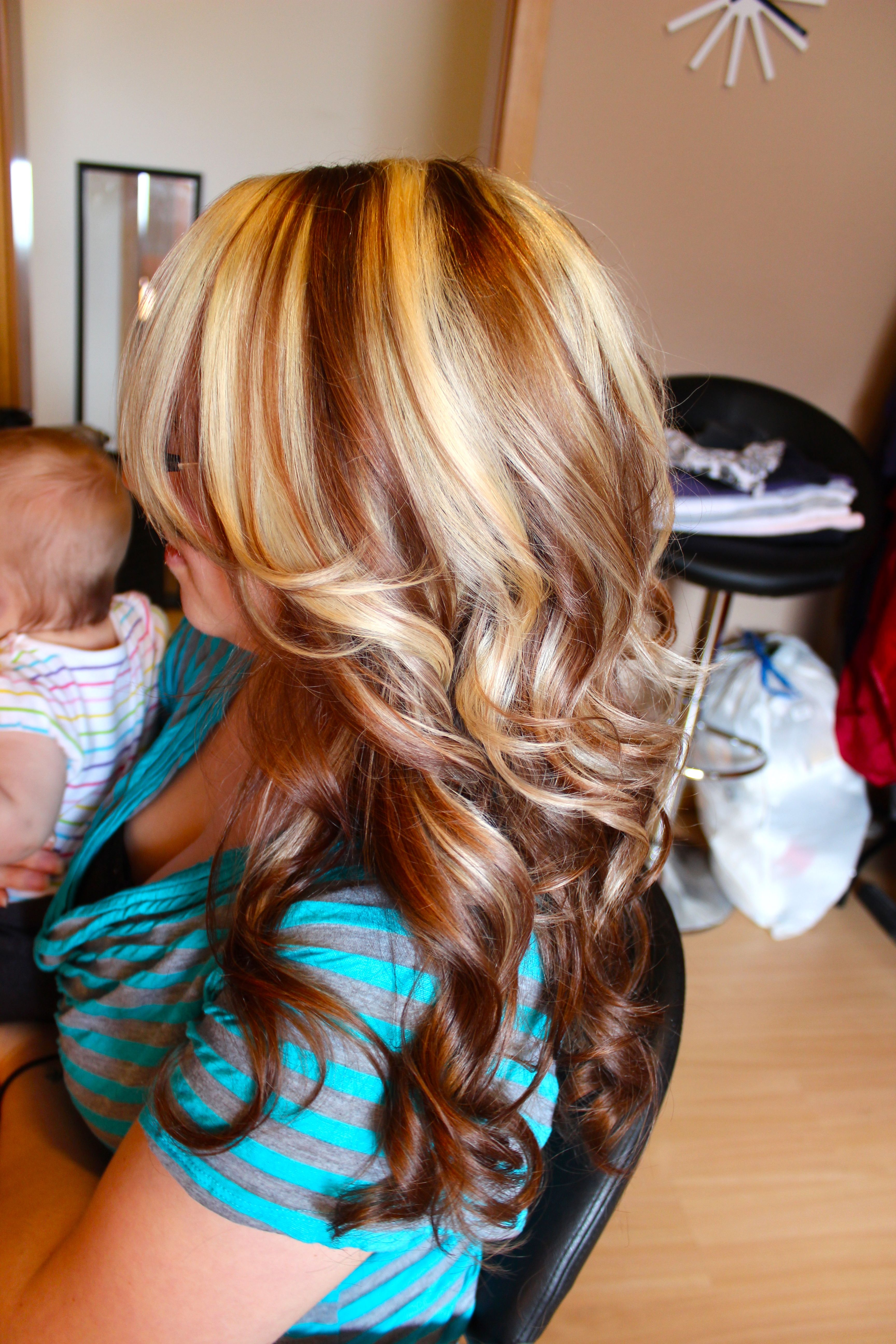 Medium Brown With Blonde Chunky Highlights Brown Blonde